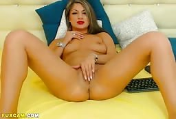 Glamorous Escort Girl From Italia Fingering Her Pussy