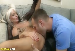 Hot Aunt Got Her Pussy Eaten And Punded Real Hard